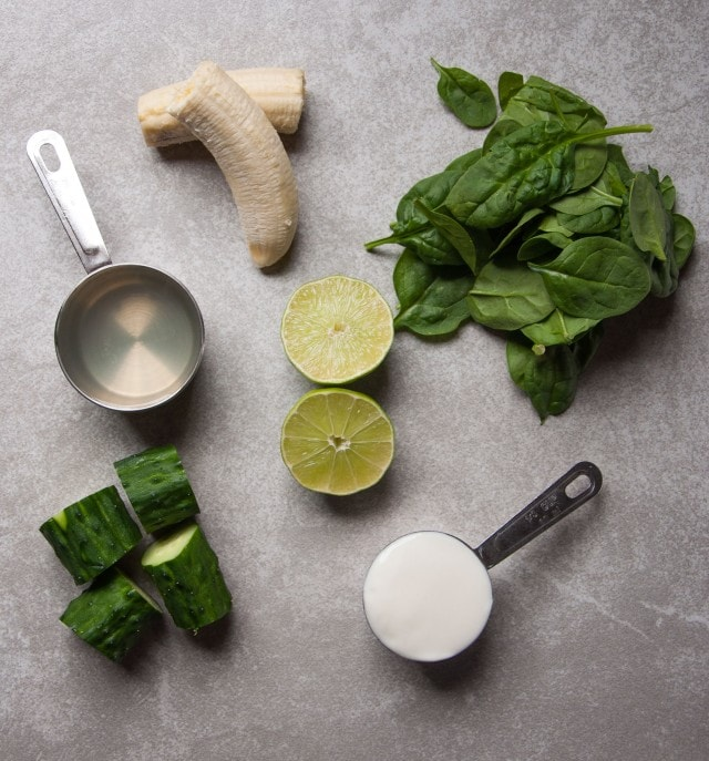 Refreshing green smoothie is the perfect way to start the day with 25% of your daily required fiber and almost 9 grams of protein for just 215 calories!