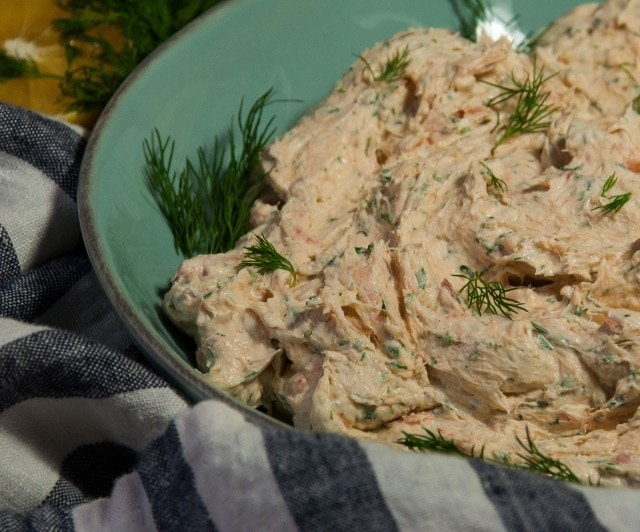 Creamy and fresh with a smokey rich flavor, this smoked salmon dip is so deliciously mouthwatering that it'll be in high demand at every party!