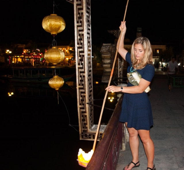 A travel guide for Hoi An Vietnam, a traveler's paradise with shopping, tailoring, culture, and nearby beaches.